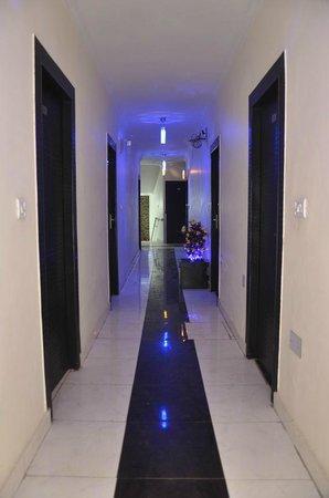 Hotel MG Residency: Lobby