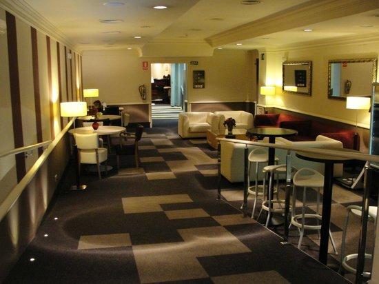 Hotel Arc La Rambla: Sala