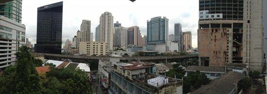 Hotel Mermaid Bangkok: 6th floor corner suite view