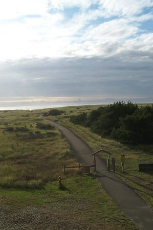 Chautauqua Lodge: View of the ocean and the path to get there