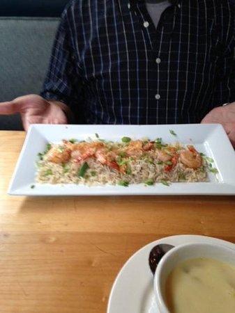 Lefty's Restaurant : Garlic prawns