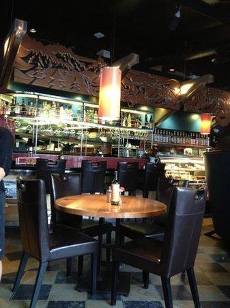 Lefty's Restaurant : restaurant inside