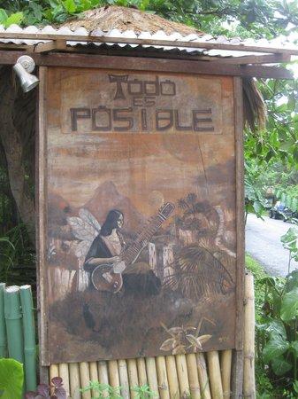 Todo es Posible: their sign