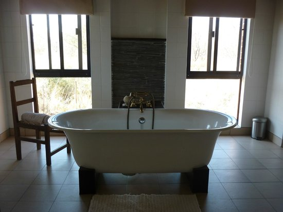 Baobab Ridge: Luxury bath