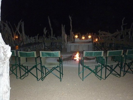 Baobab Ridge: Boma for barbecues and sitting by the fire