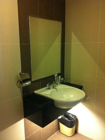 Swan Garden Hotel: Good maintainance.