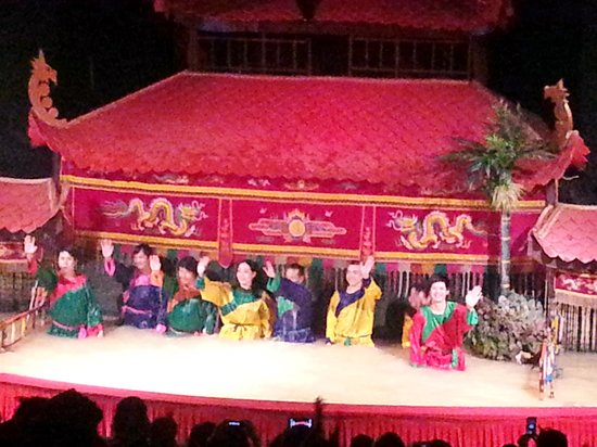 Golden Dragon Water Puppet Theater: The people behind the puppets