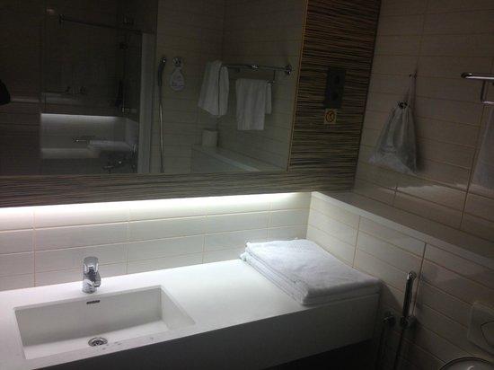 Original Sokos Hotel Seurahuone: Ванная комната