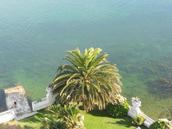 Talaso Hotel Louxo La Toja: al borde de la piscina