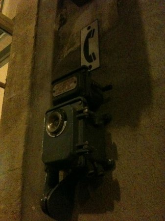L'Ancienne Gare : Téléphone