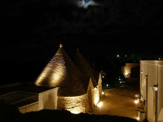 Masseria Ancella: La Masseria di sera