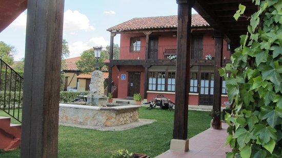 Hotel Los Rastrojos: EXTERIOR