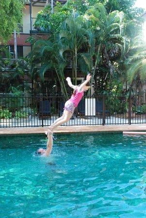 Parap Village Apartments: Pool
