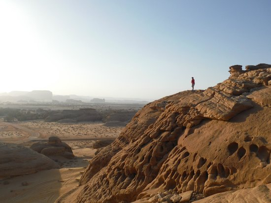 Mada'in Saleh: Climbing Mount Ithlib