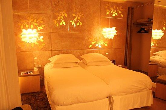 Hotel Cezanne: ベッドルーム