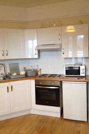 Homerton House: Clean kitchen