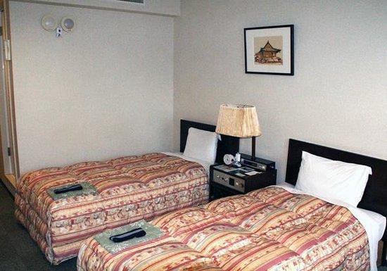 Hotel Binario Sagaarashiyama: 部屋 左上にあるのがフラッシュベル
