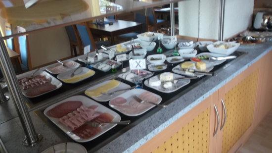 Hotel Basler Hof : colazione