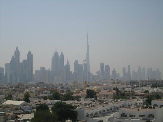 فندق روتانا الجميرة: View towards Business Bay area