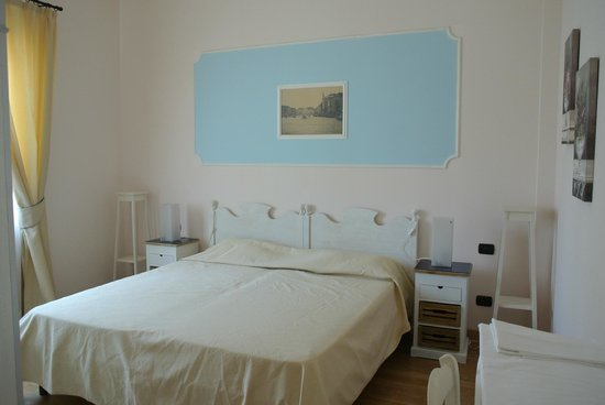 Residence giardino dei colori bewertungen fotos - Hotel giardino toscolano maderno ...