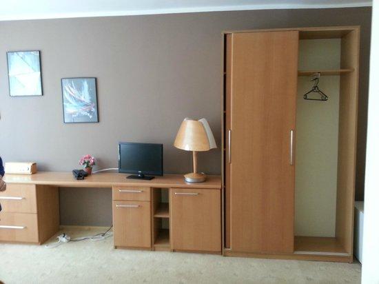 Hotel Jantar: Living Room
