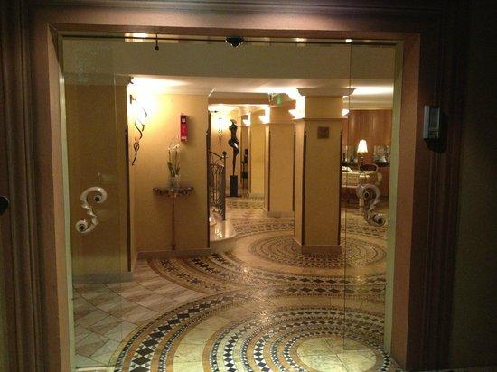 Le Mas Candille : Magnifique entrée...