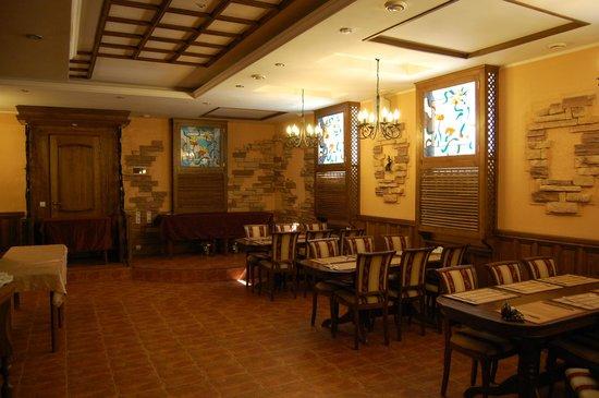 Old Town Hotel: Ресторан