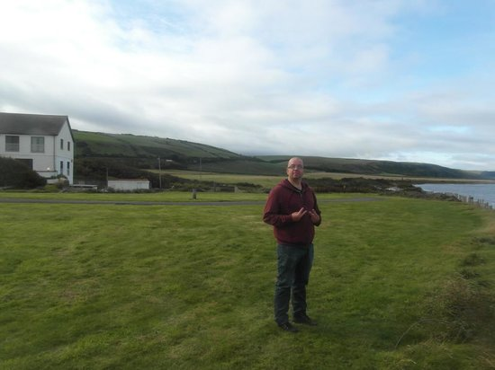 Plas Morfa Hotel: how near to sea your located