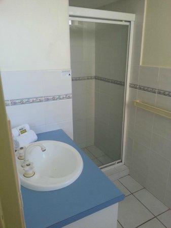 Kupari Boutique Apartments : Shower Cabinet