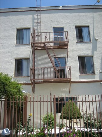 LA City Tours : Fire escape used in Pretty Woman..