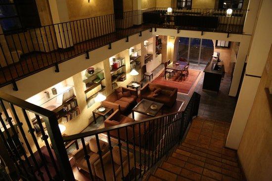 Hotel Hospes Palacio de San Esteban: Холл отеля