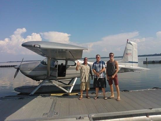 Jones Brothers Air and Seaplane Adventures: Happy landings!