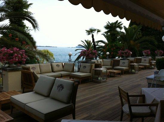 Grand Hotel Fasano: The Modern Bar Terrace...Very Nice