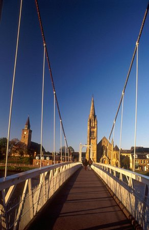 Kiltarlity Lodges: Inverness Suspension Bridge