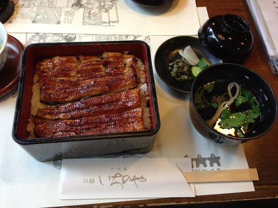 Ichinoya: 特製鰻重(菊)3,800円