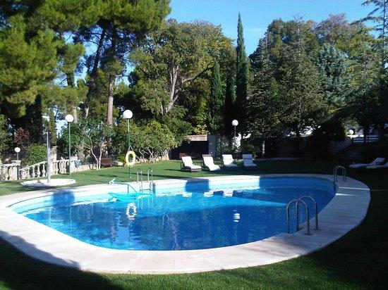 Hotel Villa de Biar: PISCINA