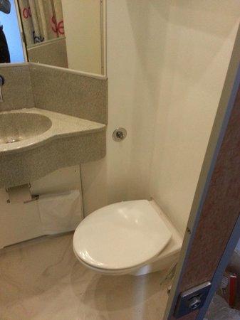 Hotel CABINN Scandinavia: Il micro-bagno