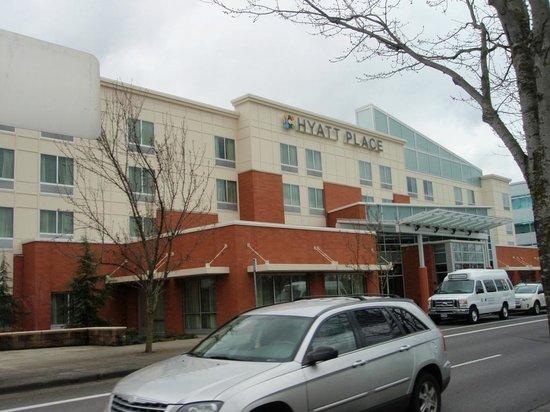 Hyatt Place Portland Airport / Cascade Station: ホテル外観
