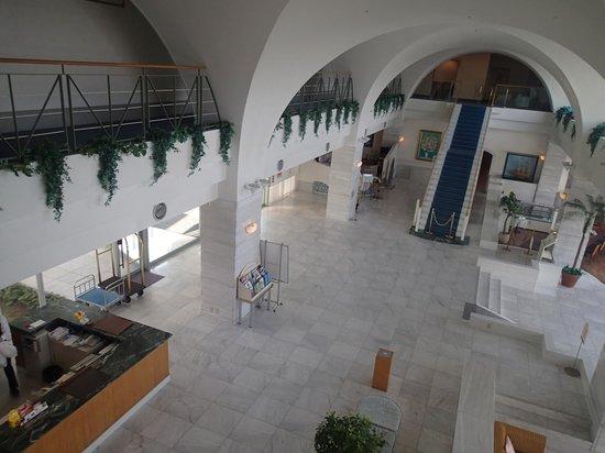 Hotel Limani: エントランス