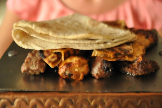 Kargeen Restaurant : Arabic Mixed Grill - sehr lecker