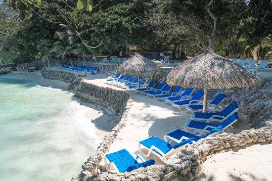 Hotel San Pedro de Majagua: Acceso Principal al Mar
