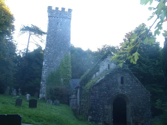 St. Lawrence Country Guest House: 13th century church 100m from B&B