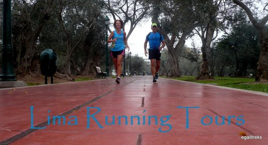 Lima Running Tours: Erick and me in the park