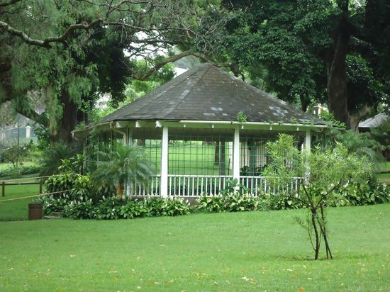 Mitchell Park: The bandstand in the park can be hired for functions