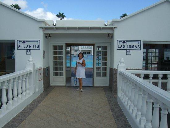 Atlantis Las Lomas: Entrance to complex