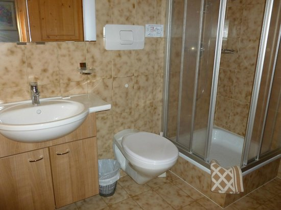 Adria B & B and Apartments: Bagno