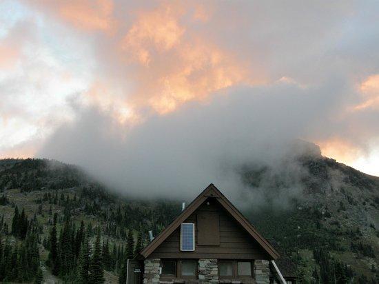 Granite Park Chalet: Sunrise over Grinnell Glacier area