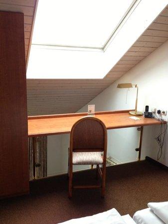 Derag Livinghotel Nürnberg: Roof Window