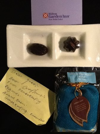 Hilton Garden Inn New Delhi / Saket: nice gift from the hotel managment