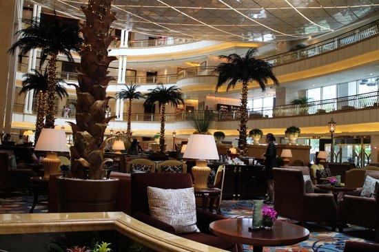 Grand Central Hotel Shanghai: 1階ロビー